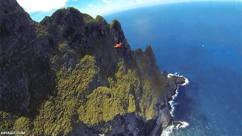 Enlace a Esta debe ser una de las islas con más pendiente que existan