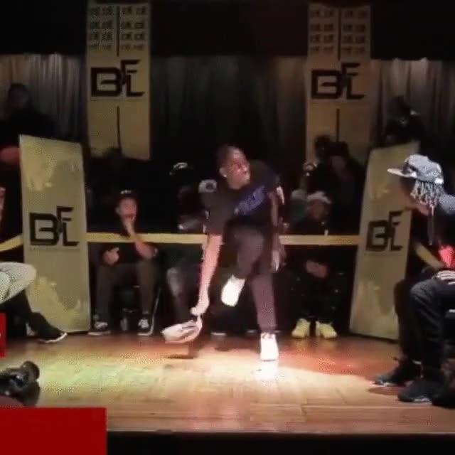 Enlace a El rey de las gorras y el breakdance, increíble