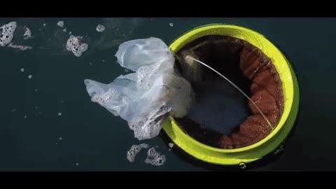 Enlace a Os presentamos el 'Seabin', un sistema para limpiar los mares de manera automática