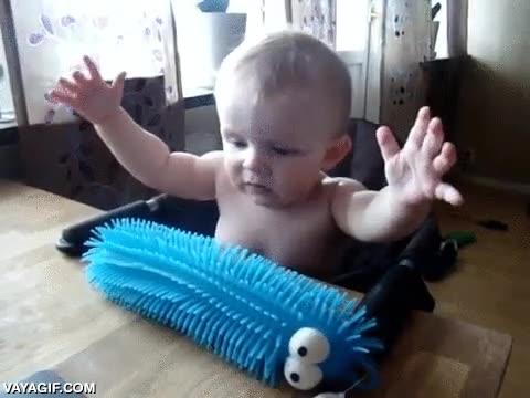 Enlace a Cuando eres un bebé todo es nuevo, algunas cosas son agradables y otras no tanto