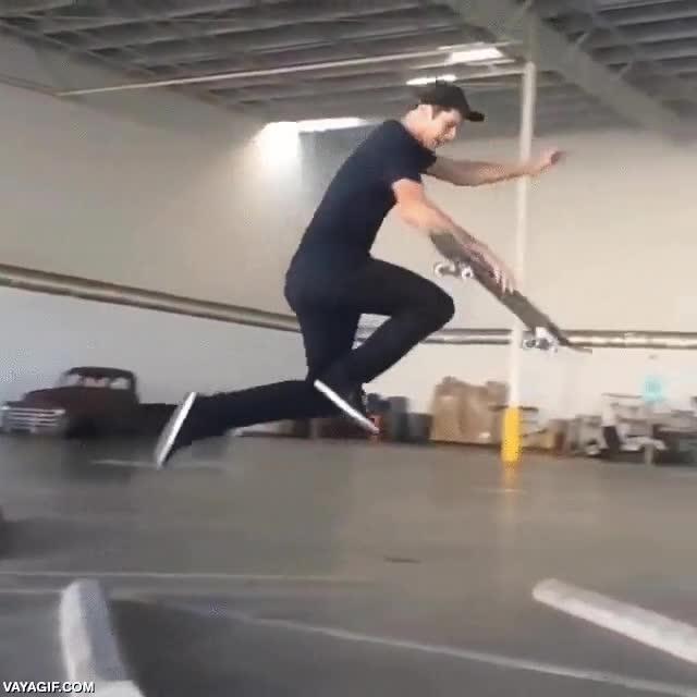 Enlace a Algunos hacen con el skate lo que les da la gana