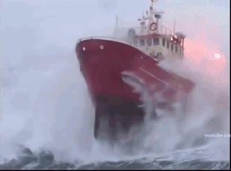 Enlace a No somos conscientes de lo peligrosas que son las travesías en alta mar