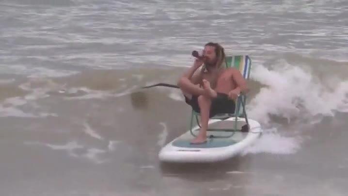 Enlace a El surf me gusta porque es un deporte completo, muy sacrificado...
