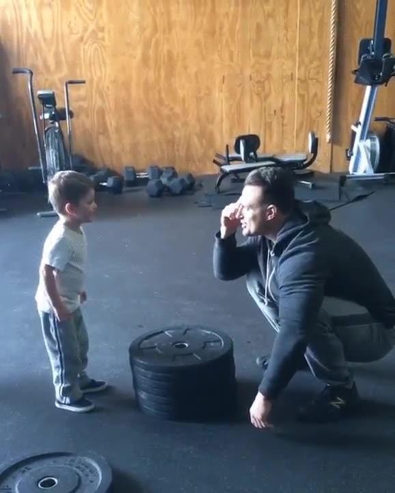 Enlace a Entrenar a tu hijo desde pequeño en la superación y el esfuerzo debería ser obligado por todo padre