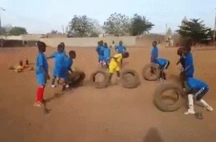 Enlace a A falta de conos buenos son neumáticos, lo importante es nunca rendirse