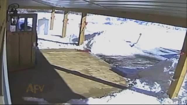Enlace a Lo peor que te puede pasar cuando acabas de limpiar toda la nieve