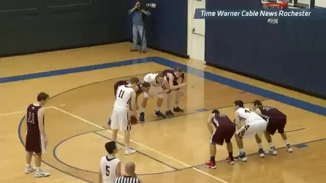 Enlace a La mejor jugada posible cuando vas perdiendo de 2 al final del partido