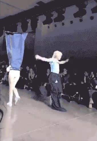 Enlace a Mientras tanto en la Fashion Week de Nueva  York...