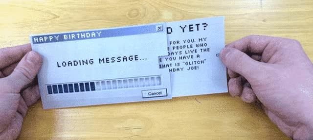 Enlace a Sentirte viejo de golpe con una simple tarjeta de felicitación