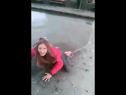 Enlace a Seguro que no vuelve a hacer más el tonto con las placas de hielo