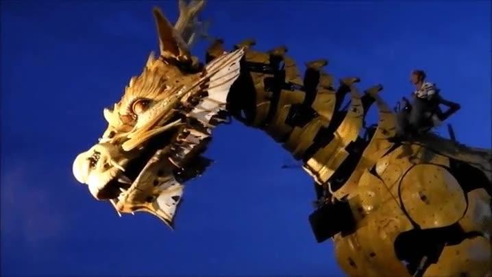 Enlace a El dragón mecánico más espectacular que has visto nunca