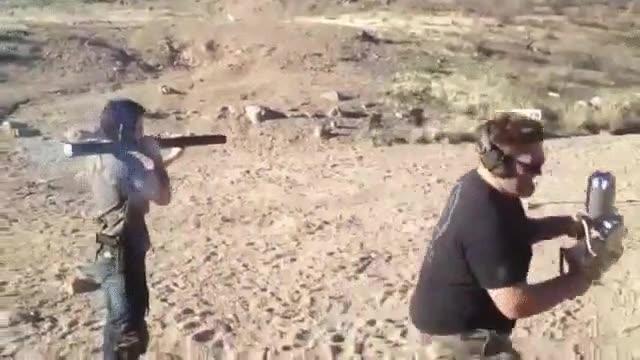 Enlace a Lo que pasa cuando no tienes en cuenta el retroceso de tu bazooka