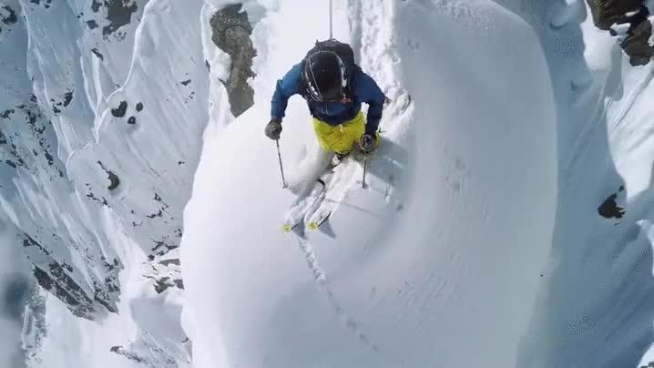 Enlace a Deslizándose desde la cima del monte Cervino