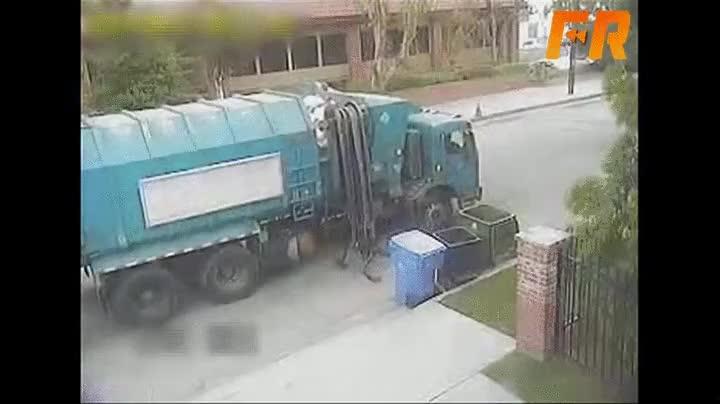 Enlace a El peor servicio de recogida de basura de la historia