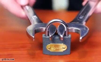Enlace a Truco para abrir el candado cuando pierdes las llaves