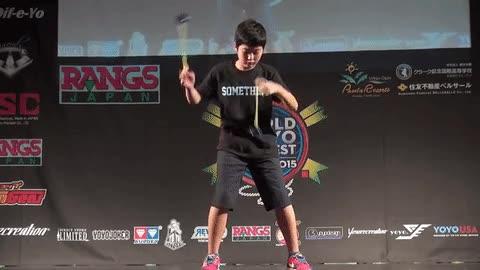 Enlace a Las habilidades extremas con el yo-yo de un chaval de 10 años
