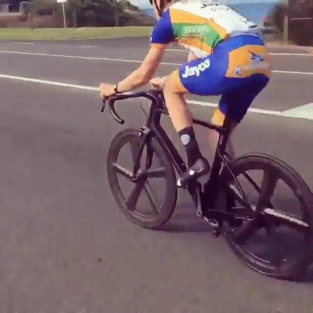 Enlace a Bicicleta con las ruedas más hipnóticas del mundo