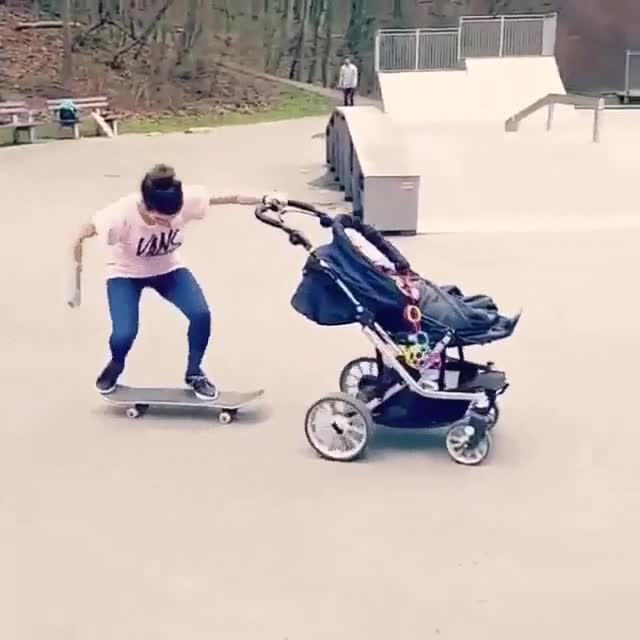 Enlace a Ser madre no es incompatible con ser skater