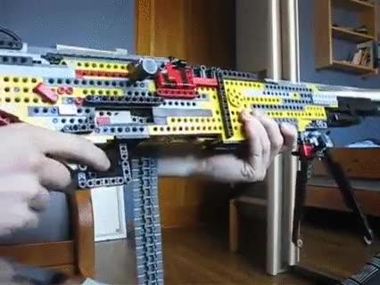 Enlace a Una M-249 creada con LEGO, alucinante