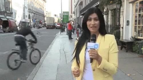 Enlace a Cuando grabas en directo el fail de un ciclista en televisión