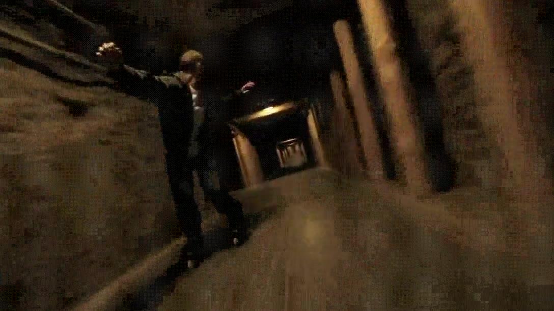 Enlace a Patinar en un túnel es un poco claustrofóbico