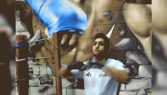 Enlace a Este boxeador demuestra tener habilidades extremas