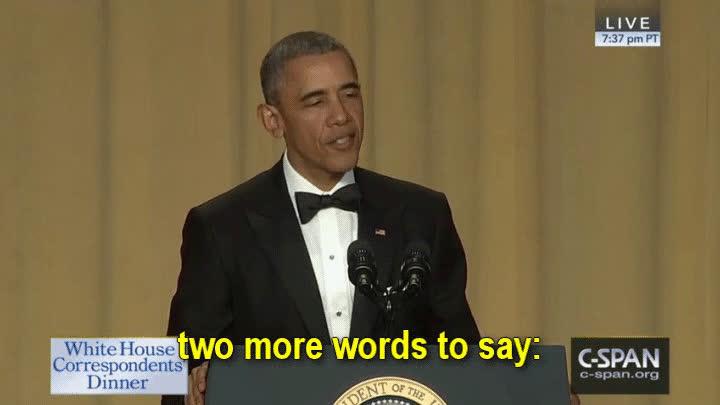 Enlace a Obama acabando su último discurso con todo el swag del mundo
