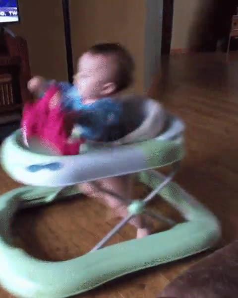 Enlace a Niños que nacen siendo un poco hiperactivos