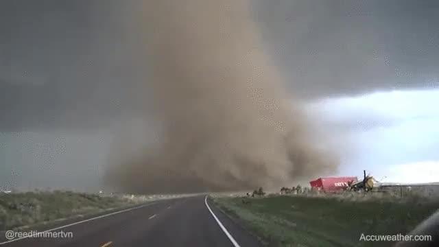 Enlace a Espectacular plano del reciente tornado de Wray, Colorado