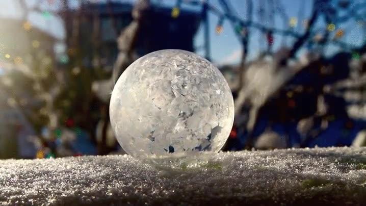 Enlace a Burbuja congelándose en cuestión de segundos