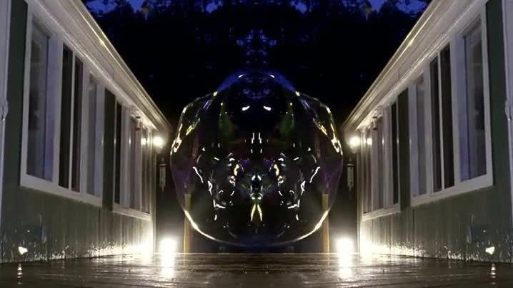 Enlace a Nunca te cansarás de ver el momento en el que explota una burbuja gigante