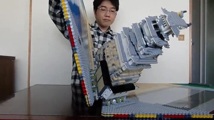 Enlace a Castillo japonés desplegable de LEGO. Alucinante