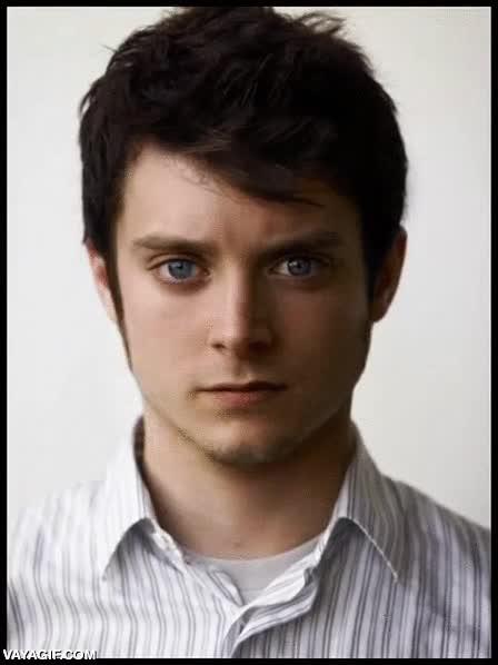 Enlace a Este GIF de Elijah Wood transformándose en Daniel Radcliffe da verdadero miedo