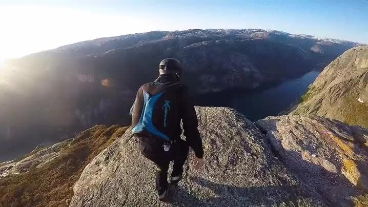Enlace a Espectacular Salto Base en Noruega