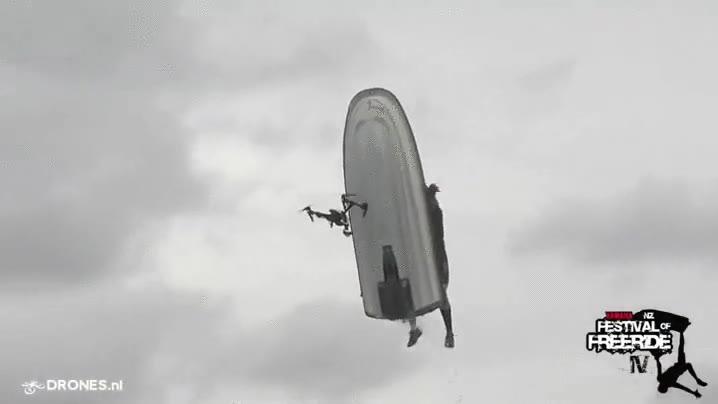 Enlace a La forma más espectacular de acabar con un dron