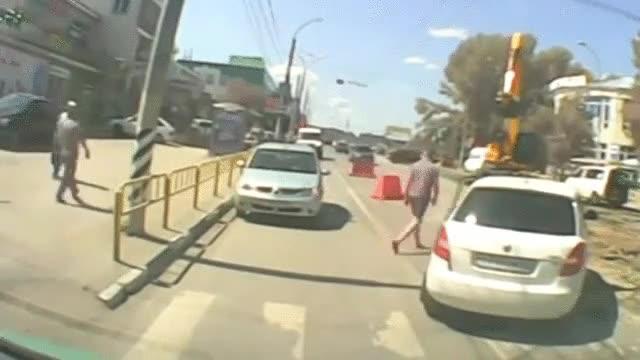 Enlace a La forma más pacífica de tener una pelea en la carretera