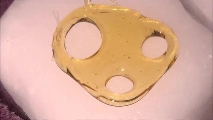 Enlace a Momento exacto en el que un poco de miel se congela