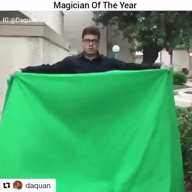 Enlace a Uno de los mejores magos que he visto. Casi me engaña