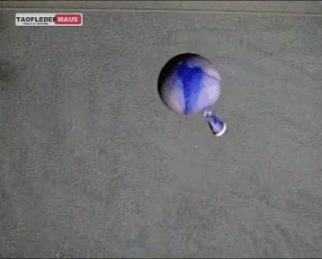 Enlace a Lo que ocurre cuando lanzas un globo lleno de mercurio impactando en el suelo