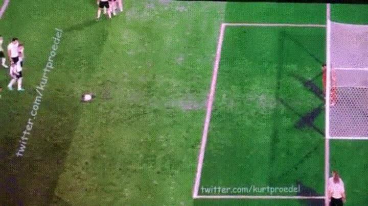 Enlace a Los 9 penaltis de Alemania contra Italia