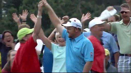 Enlace a Increíble lanzamiento en el Masters de Golf