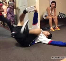 Enlace a La increíble habilidad de este niño contorsionista