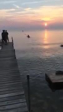 Enlace a La forma más estúpida de cargarte un precioso plano de una puesta de sol