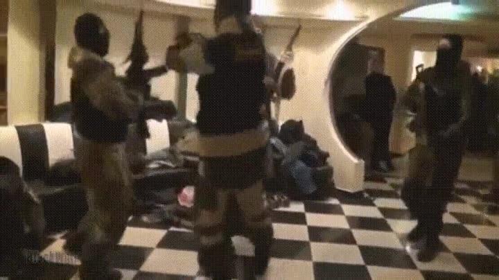 Enlace a La curiosa forma de entrenar del ejército ruso