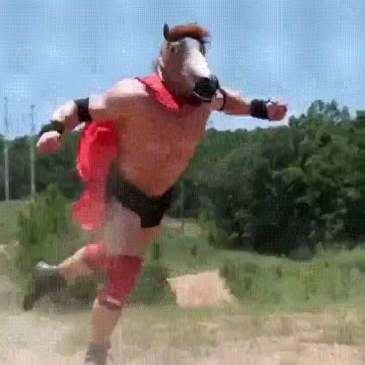 Enlace a Bojack Horseman entrenándose para las Olimpiadas