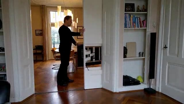 Enlace a El mejor método para esconder la tele y ahorrar espacio