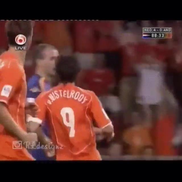 Enlace a Van Nistelrooy y el Karma instantáneo