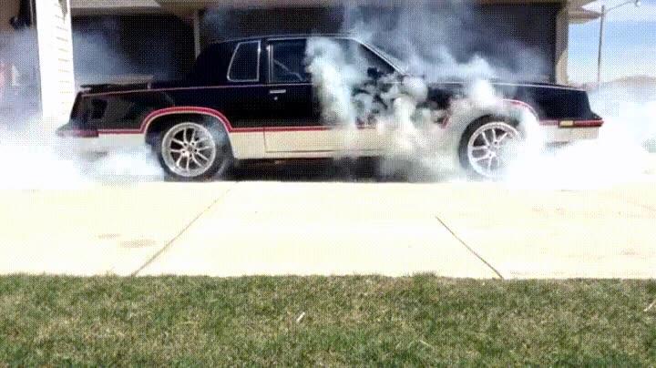 Enlace a ¿Se te ha estropeado la máquina de la niebla? Tranquilo traigo mi coche