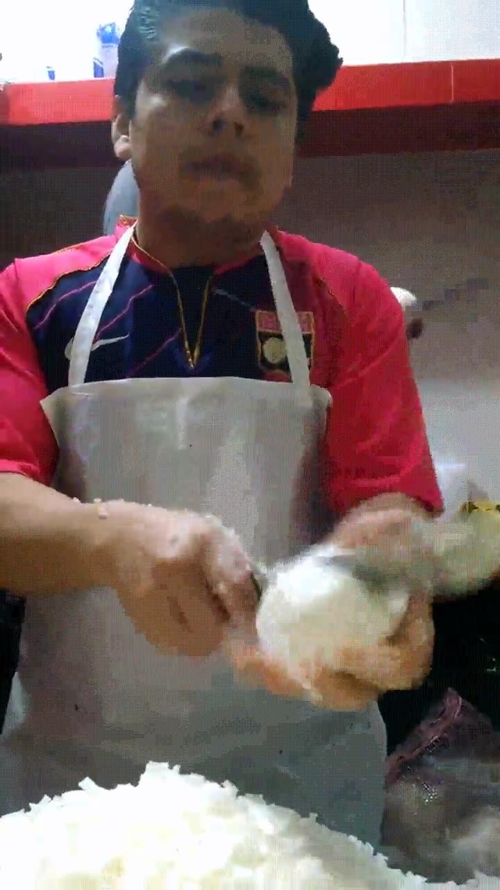 Enlace a Cortando cebollas como un profesional sin derramar una sola lágrima