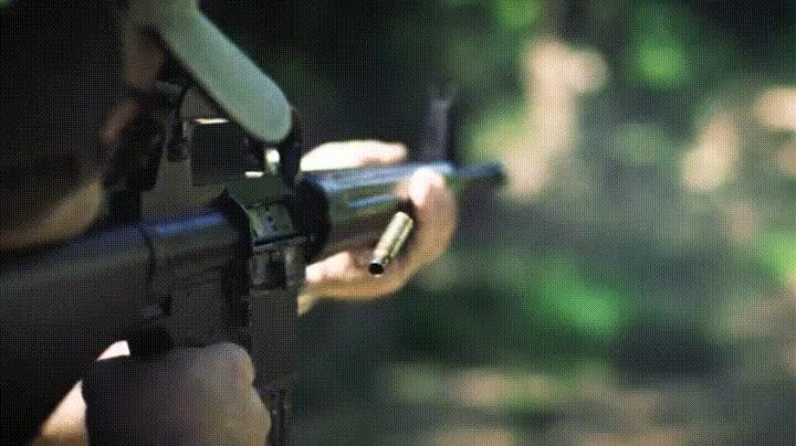 Enlace a Funcionamiento de un AR-10 en cámara lenta